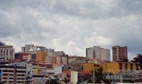 Barbacena teve uma quinta feira de tempo abafado e céu nublado.