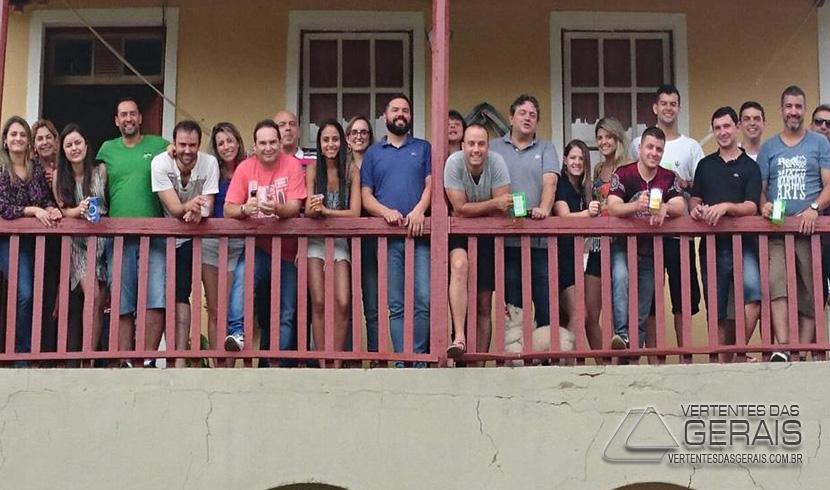 Coluna do Professor José Augusto: Confraternização