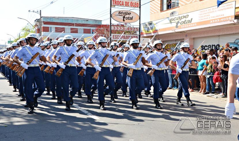 Barbacena realizou desfile da Independência
