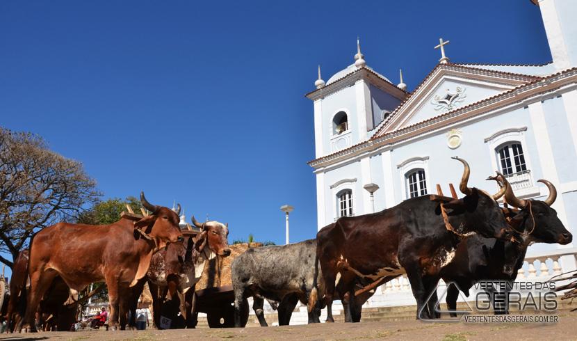 EM JULHO, FESTIVAL DE CARROS DE BOI E EXPOSIÇÃO AGROPECUÁRIA DE IBERTIOGA