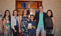 LANÇAMENTO-DE-LIVRO-DA-ESCOLA-HENRIQUE-DINIZ-037pg