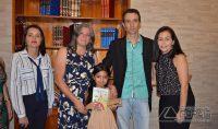 LANÇAMENTO-DE-LIVRO-DA-ESCOLA-HENRIQUE-DINIZ-041pg
