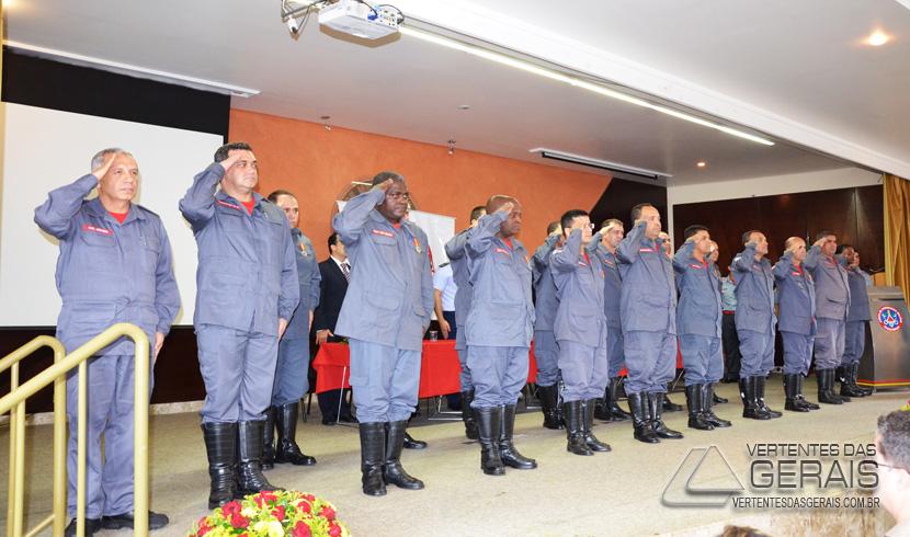 HOMENAGEM AOS 30 ANOS DE INSTALAÇÃO DOS BOMBEIROS MILITAR EM BARBACENA