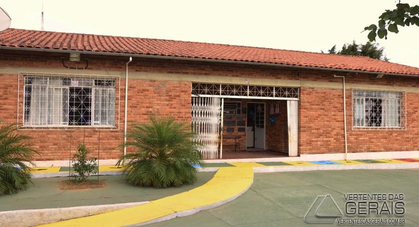 escola-municipal-rotary-barbacena-vertentes-das-gerais-januario-basilio-03