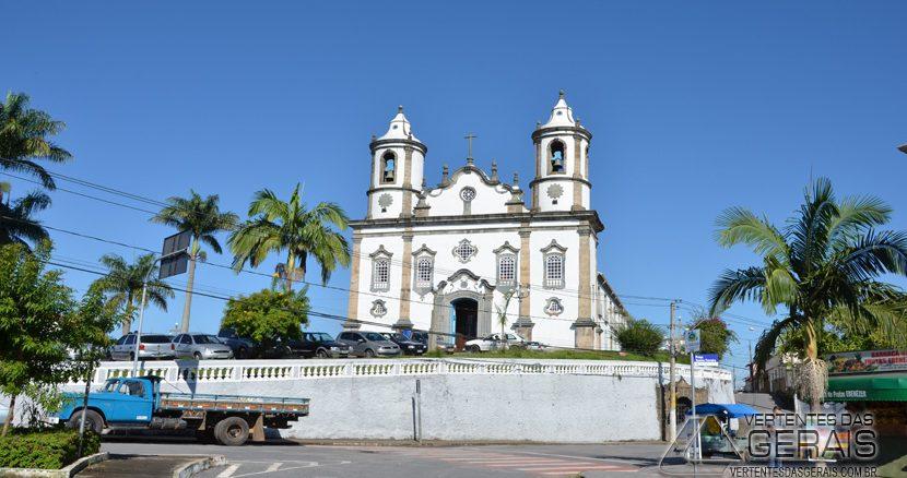 Igreja de Nossa Senhora da Assunção, Matriz da Paróquia de Nossa Senhora da Assunção em Barbacena.