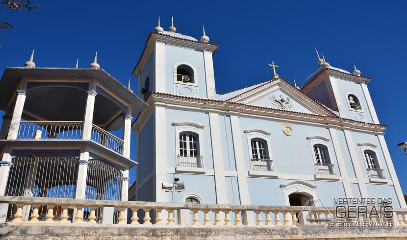 Coluna Imagem: Igreja Matriz de Santo  Antônio em Ibertioga
