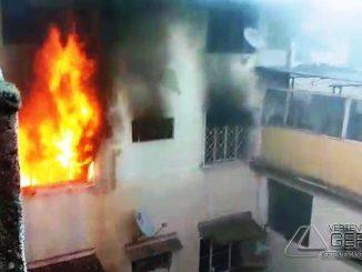 incêndio-em-residência-em-santos-dumont
