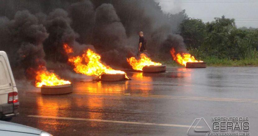 manifestação-em-barbacena-03