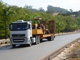 restrição-de-veículos-de-grande-porte-nas-rodovias-durante-o-feriado