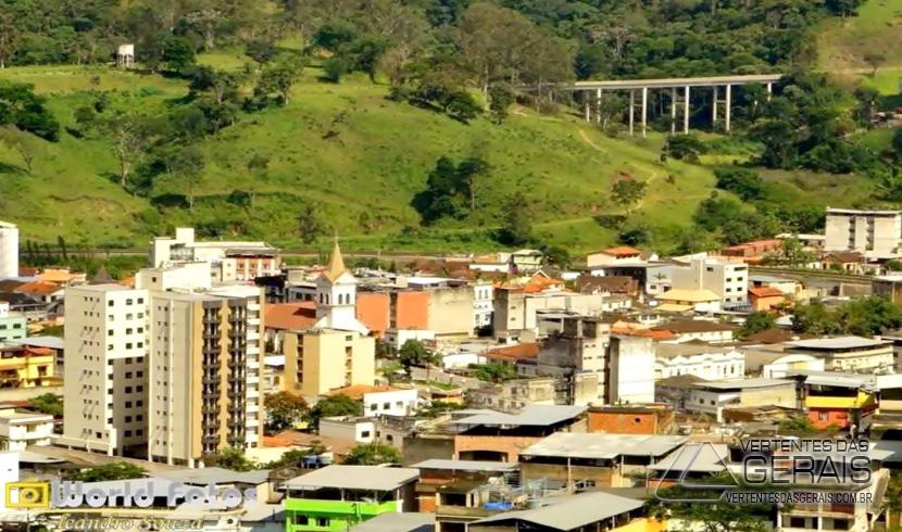 BANDIDOS LEVAM R$ 1.500 REAIS EM DINHEIRO DE LANCHONETE NO CENTRO DE SANTOS DUMONT