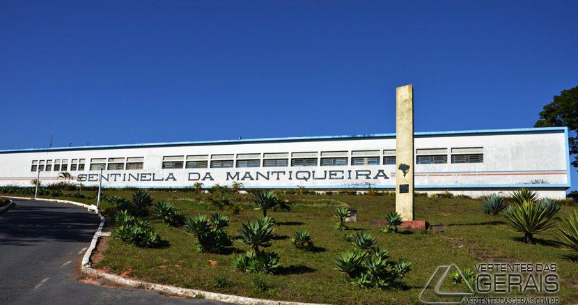 ANIVERSÁRIO-9º-BATALHÃO-DA-POLICIA-DE-MINAS-GERAIS-BARBACENA-VERTENTES-DAS-GERAIS-JANUARIO-BASILIO-02