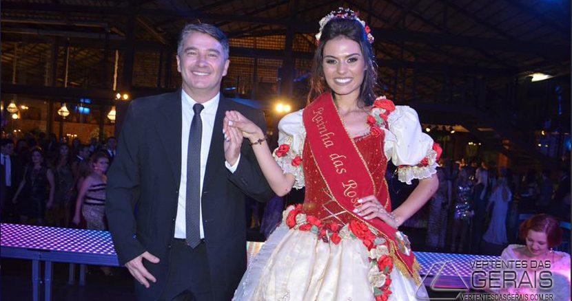 BAILE-DE-ELEIÇÃO-DA-RAINHA-DA-FESTA-DAS-ROSAS-DE-2017-EM-BARBACENA-01