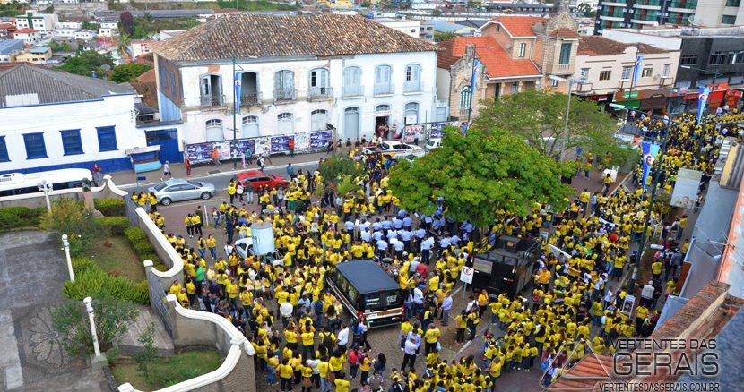 CAMINHADAPELAVIDA-SETEMBROAMARELO-VERTENTESDASGERAIS-JANUARIOBASILIO-08