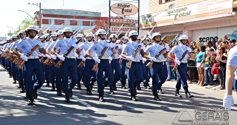 desfile-sete-setembro-em-barbacena-09jpg