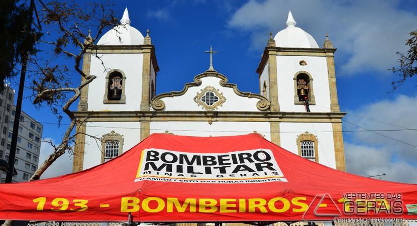 DIA-DOS-BOMBEIROS-MILITARES-EM-BARBACENA-VERTENTES-DAS-GERAIS-JANUARIO-BASILIO-06