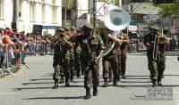Desfile-da-Semana-da-Asa-em-Santos-Dumont-foto-04