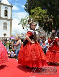 Desfile-das-Rosas-em-Barbacena-foto-Januário-Basílio-32