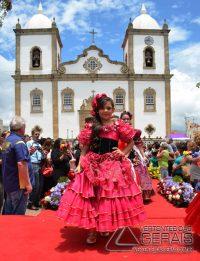 Desfile-das-Rosas-em-Barbacena-foto-Januário-Basílio-34