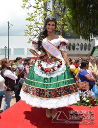 Desfile-das-Rosas-em-Barbacena-foto-Januário-Basílio-38