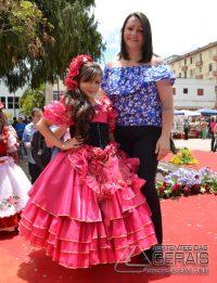 Desfile-das-Rosas-em-Barbacena-foto-Januário-Basílio-40jpg