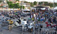Encontro-de-Motociclistas-na-Praça-Santo-Antônio-em-Barbacena-foto-Januário-Basílio-02
