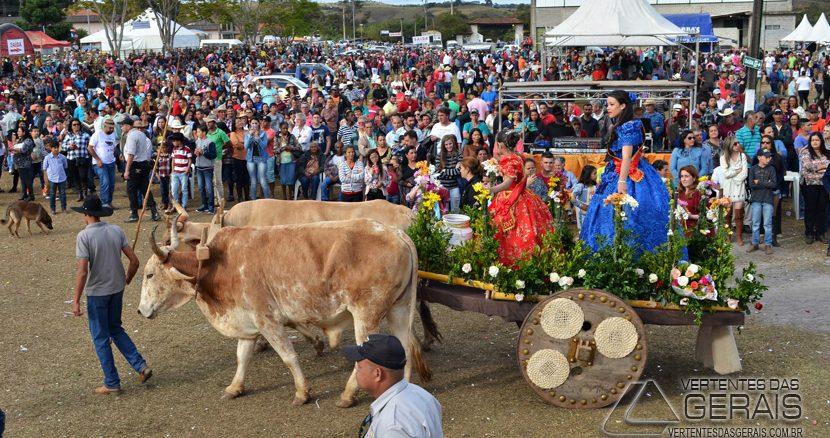 FESTIVAL-DE-CARROS-DE-BOI-DE-IBERTIOGA-VERTENTES-DAS-GERAIS-JANUARIO-BASÍLIO-25pg