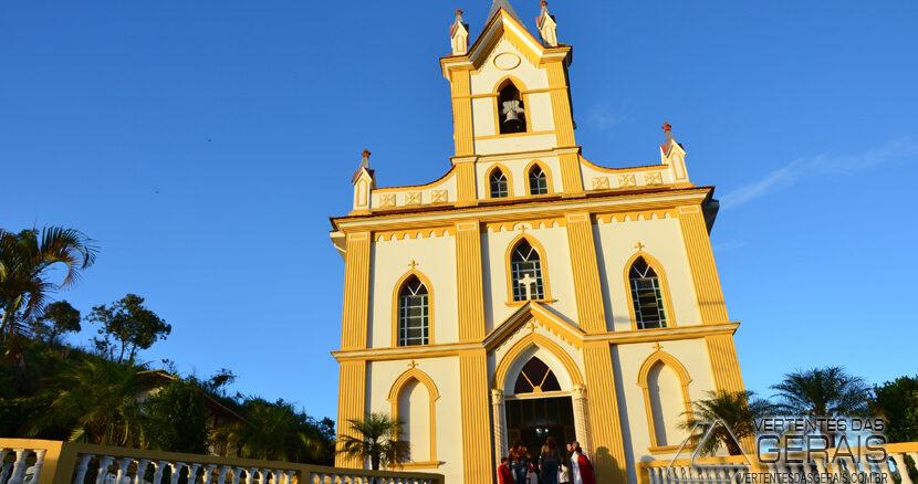 Igreja-de-Santana-antônio-carlos-mg-foto-januario-basilio
