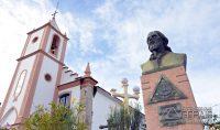 Igreja-do-Rosário-e-Monumento-de-Tiradentes-foto-Januário-Basílio
