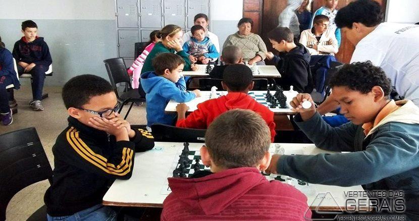 jogo-xadrez-apae-01