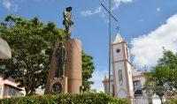 Monumento-aos-Pracinhas-da-Segunda-Guerra-Mundial-em-Barbacena-foto-Januário-Basílio