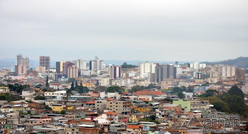Vista de Barbacena a partir do Bairro São Pedro na tarde desta terça feira(23).