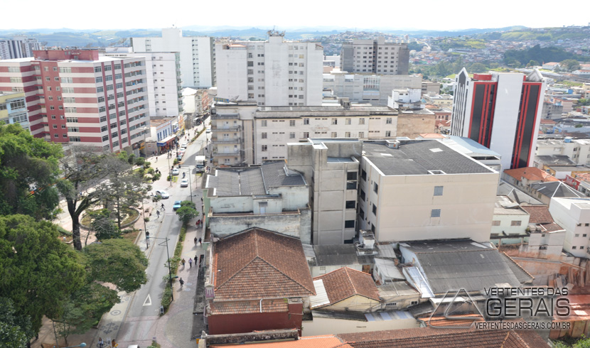 VISTA-PARCIAL-DE-BARBACENA-VERTENTES-DAS-GERAIS-JANUARIO-BASILIO-06