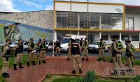 ação-solidaria-promovida-pela-policia-militar-02