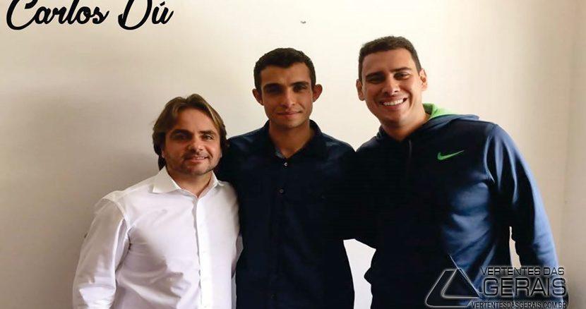 O Vereador Carlos Dú com o Deputado Federal pelo PROS-MG Eros Biondini, e o empresário Fabrício Magri.