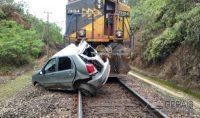 acidente-em-cruzamento-com-linha-férrea