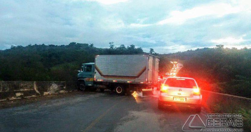acidente-em-rodovia-01
