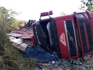 acidente-na-br-265-em-barbacena-06
