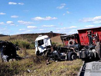 acidente-na-br-265-em-barroso-01