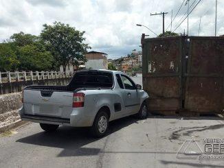 acidente-na-rua-bahia-em-barbacena-mg-02