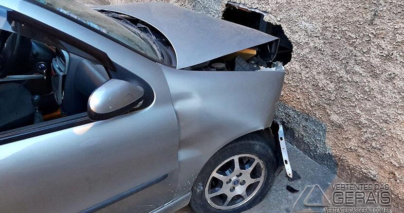 acidente-no-bairro-caminho-novo-em-barbacena-03