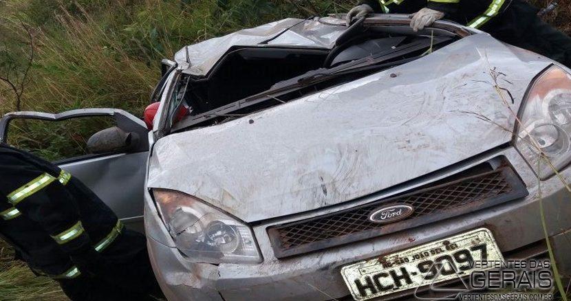 acidente-próximo-a-vasconcelos-na-br-04-01