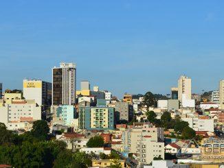 barbacena-vista-parcial-do-centro-da-cidade-foto-januario-basílio-vertentes-das-gerais-01
