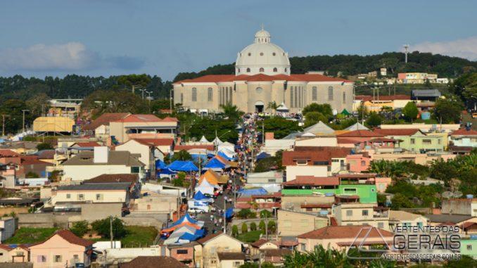 Barbacena Minas Gerais fonte: vertentesdasgerais.com.br