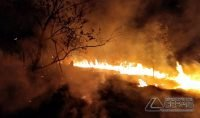 bombeiros-cobatem-incêndio-em-barbacena-02