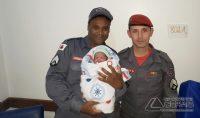 bombeiros-de-barbacena-realizam-parto-em-residência-02