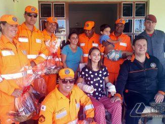 bombeiros-de-barbacena-vistiam-família-víima-de-acidente-em-alfredo-vasconcelos-04
