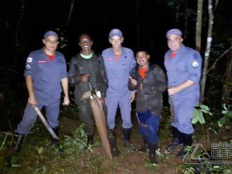 bombeiros-de-sjdr-resgatam-jovens-perdidos-em-mata