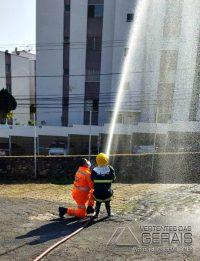 bombeiros-realizam-sonho-de-criança-em-sjdr-05