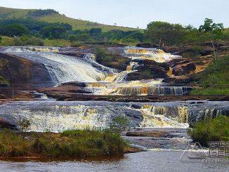 cachoeira-do-apiário-em-andrelandia-mg