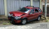 carro-colidi-contra-poste-em-sjdr-02